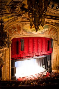 Chicago-Theatre-2-correctopt
